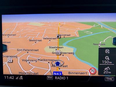 Audi_Q2_Sport_ZW_7.jpg