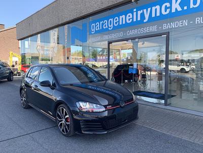 VW_Golf7_GTI_zwart_1.jpg