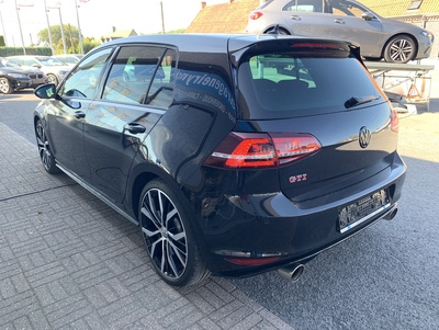 VW_Golf7_GTI_zwart_6.jpg