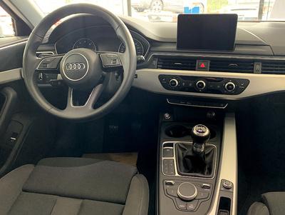 Audi_A4Avant_Grijs_3.jpg