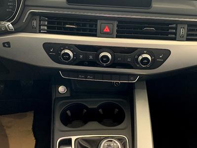Audi_A4Avant_Grijs_4.jpg