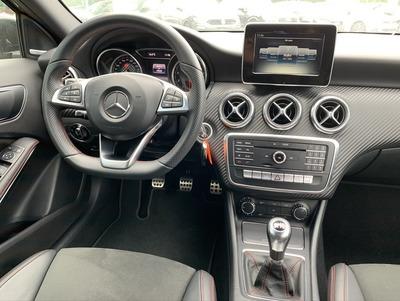 Mercedes_A_AMGNacht_3.jpeg