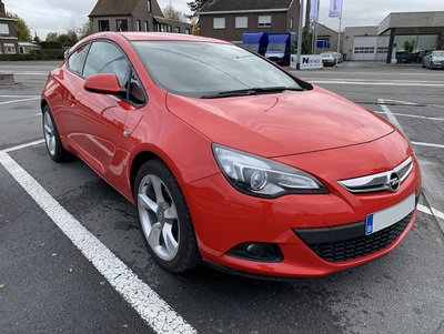 Opel_GTC_1.jpg