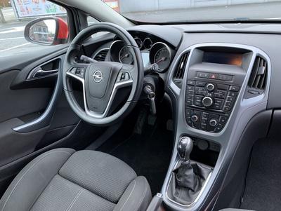 Opel_GTC_4.jpg