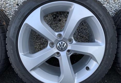 VW_Golf7_2.jpg