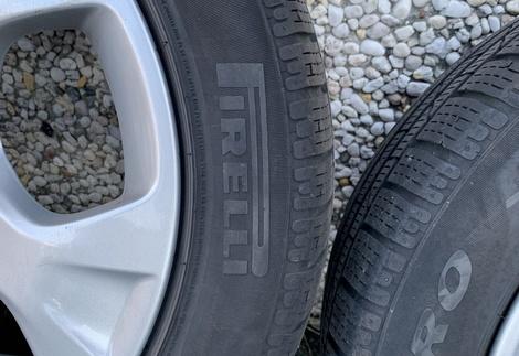 BMW_X1_E84_4.jpg