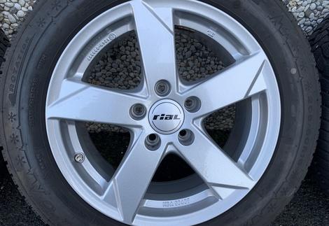Audi_A4_F4_2.jpg