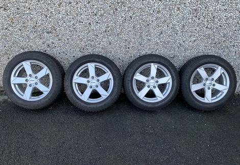 Audi_A4_F4_1.jpg