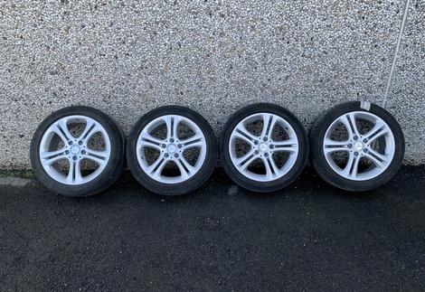 Mercedes_W176_1.jpg