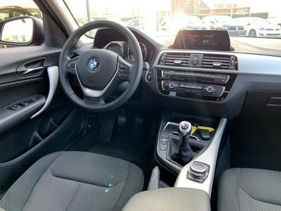 BMW_116_grijs_3.jpg