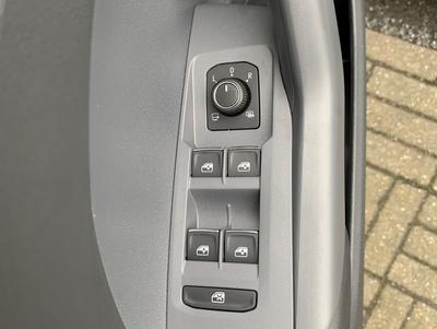 VW_T-Cross_9.jpg