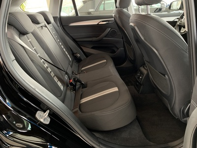 BMW_X1_Zwart_10.jpg