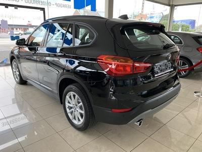 BMW_X1_Zwart_11.jpg