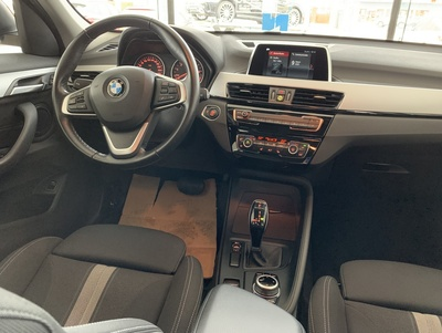 BMW_X1_Zwart_3.jpg