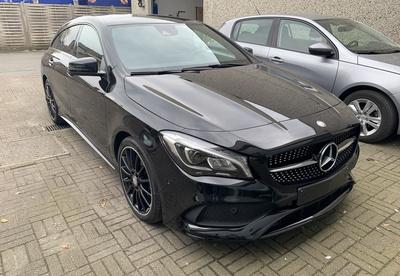 Mercedes_CLASB_NachtZW_1.jpg