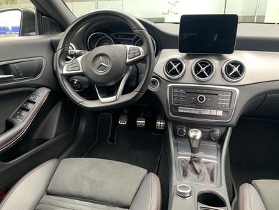 Mercedes_CLASB_NachtZW_3.jpg