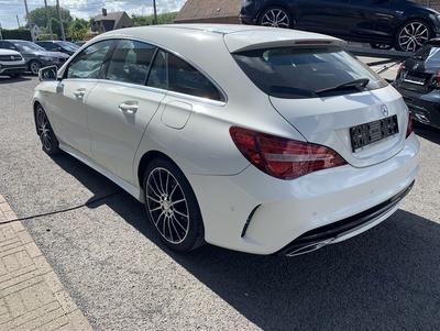 Mercedes_CLASB_WitAMG_11.jpg