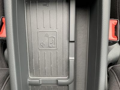 Audi_A4_MHGrijs_6.jpg