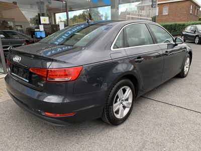 Audi_A4_MHGrijs_16.jpg