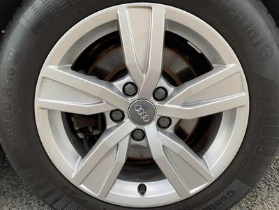 Audi_alu_C4E.jpg