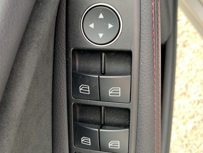 Mercedes_CLASB_Zilver_5.jpg