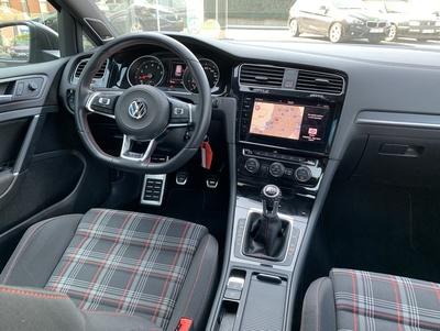 VW_GTI_Bruin4.jpg
