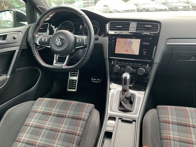 VW_GTIZwDSG_4.jpg