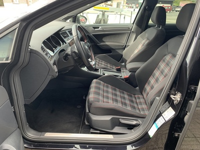 VW_GTIZwDSG_8.jpg