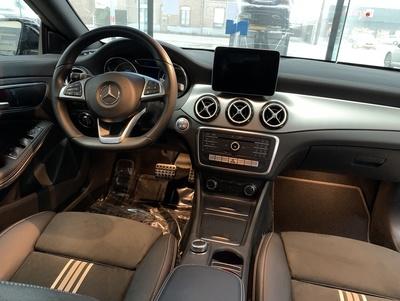 Mercedes_CLAAMGZrt_3.jpg
