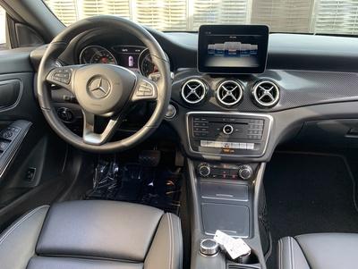 Mercedes_CLAWit_3.jpg