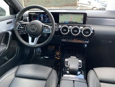 Mercedes_A200_Progressive_3.jpg
