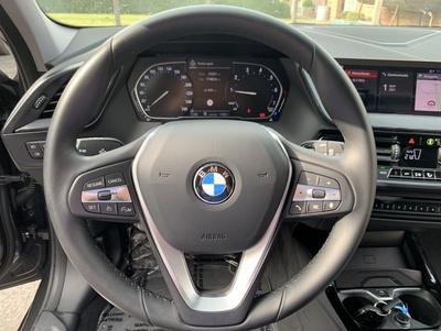 BMW_118iF40_10.jpg
