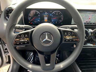 Mercedes_B180247_6.jpg