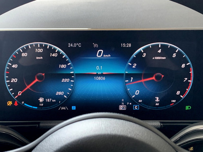 Mercedes_B180247_5.jpg