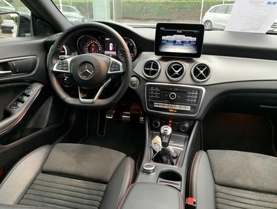 Mercedes_CLA200_wit_3.jpg
