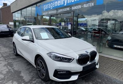 BMW_118iSportWit_1.jpg