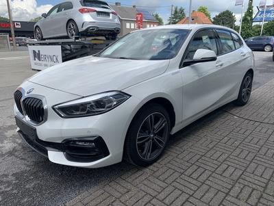 BMW_118iSportWit_2.jpg
