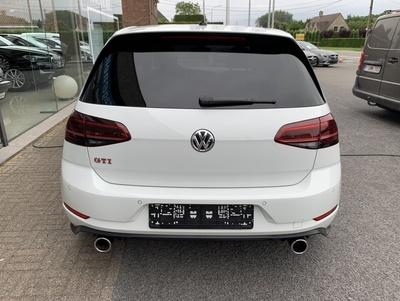 VW_GTIPerf_17.jpg