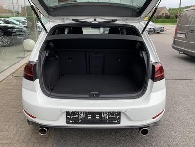 VW_GTIPerf_18.jpg